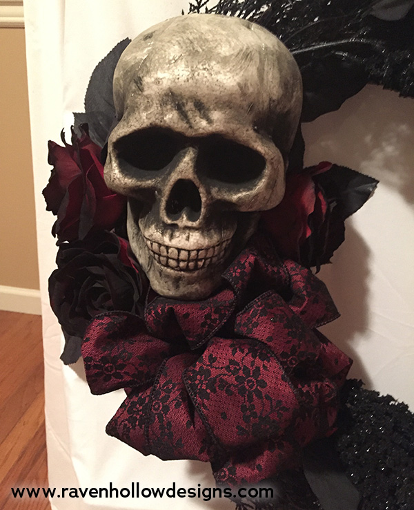 skull and roses added to wreath