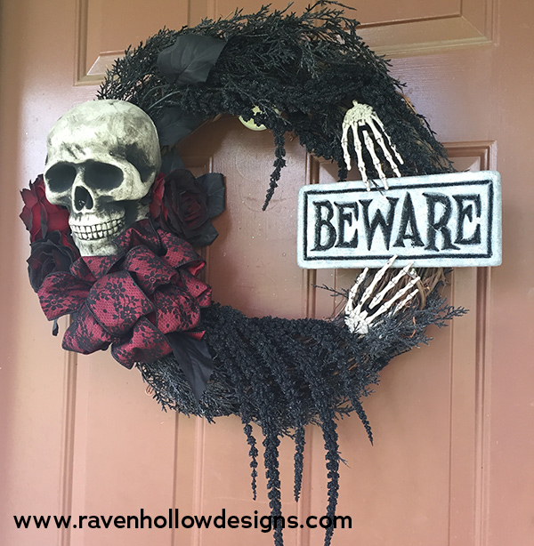 Halloween wreath with skull and sign