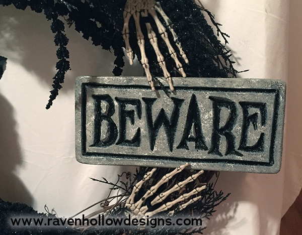 Halloween wreath sign